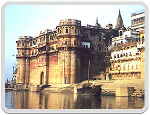tours to Ghats of Varanasi