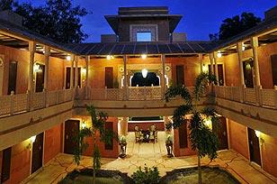 Hotel Wyndham Grand Agra